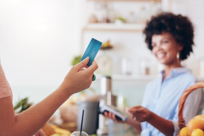 Maquininha de cartão: seu negócio não pode ficar sem