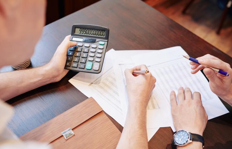Receita recorrente: conheça a maior vantagem de investir em franquias