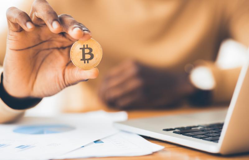 Bitcoins: saiba o que são e como funcionam as criptomoedas